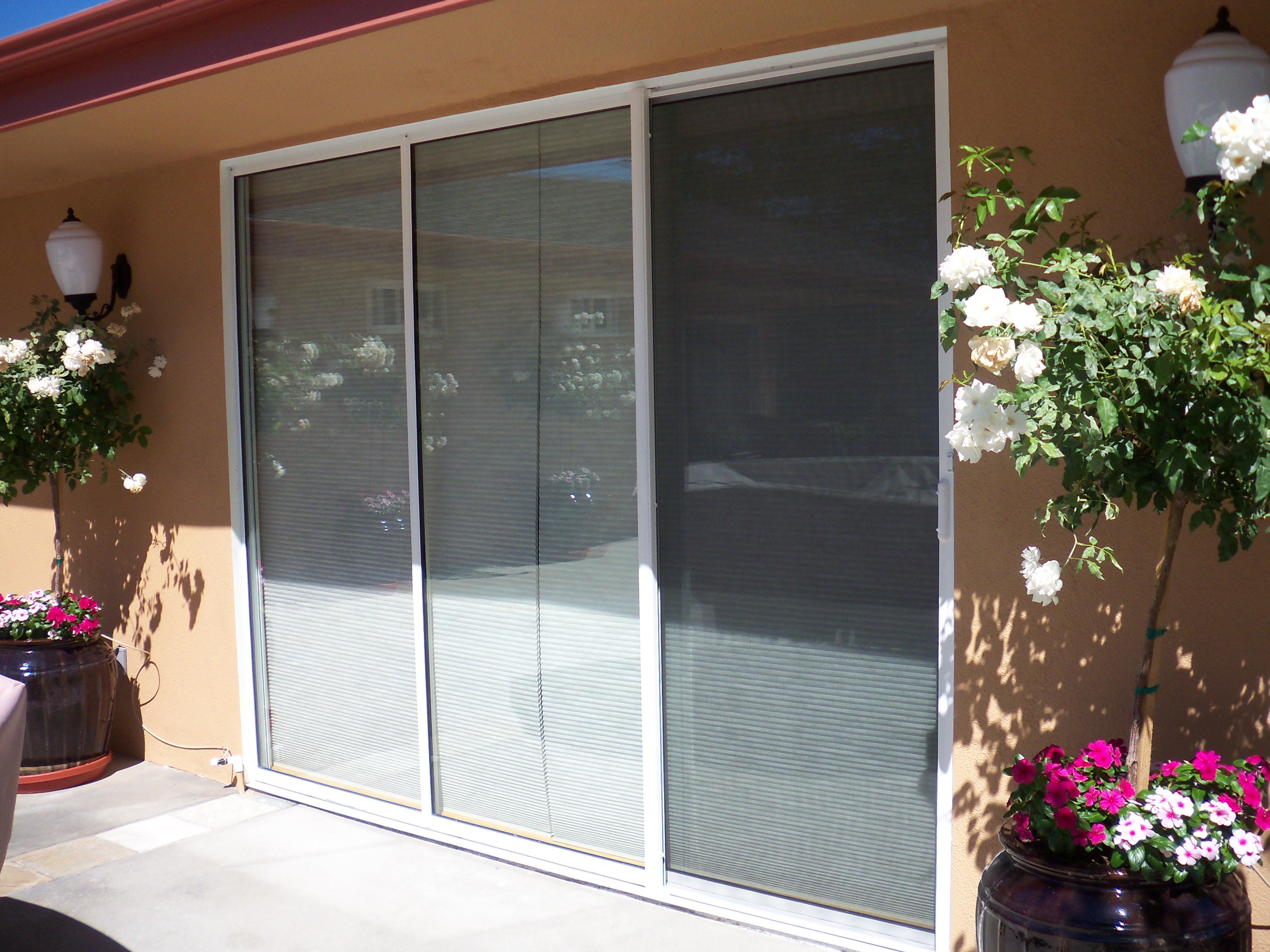 Vanishing Retractable Screen Door : Disappearing doors ideas popular sliding closet