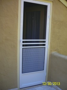 Colonial Swinging Screen Door
